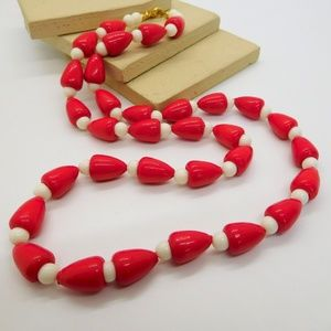 """Vintage Red White Lucite Bead 24"""" Necklace"""
